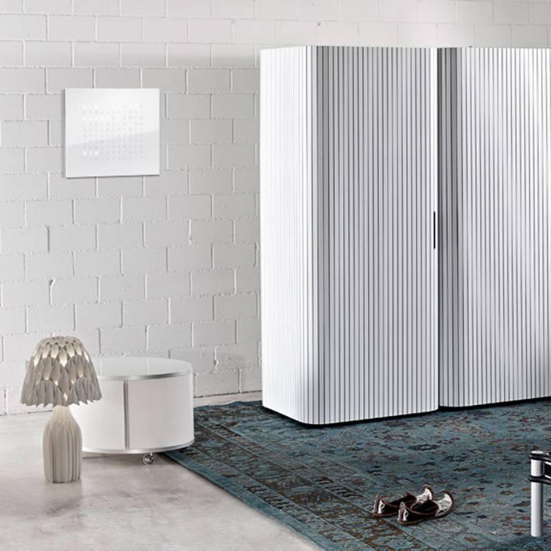 horloge qlocktwo classic fa ade blanche biegert funk ocarat. Black Bedroom Furniture Sets. Home Design Ideas