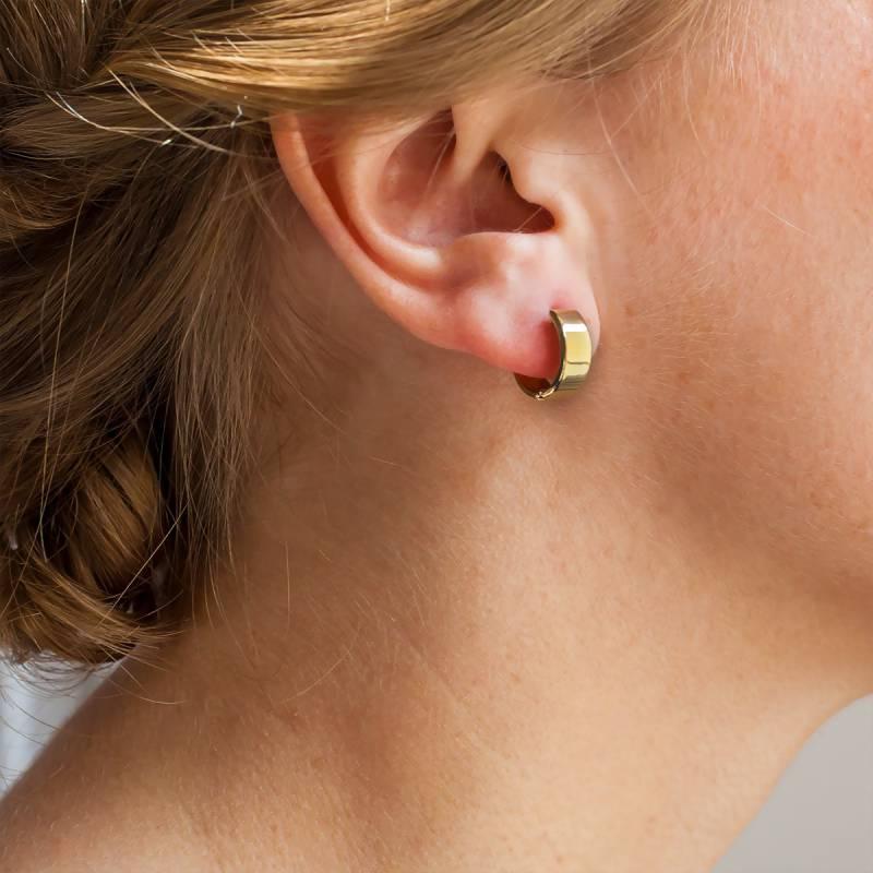 Petites boucles d'oreilles creoles