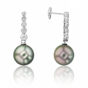 Boucles d'oreilles pendantes diamants, perles & or blanc 18K