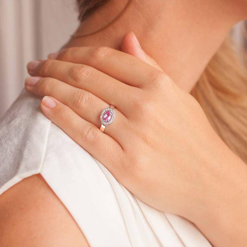 Favori Bague en or blanc 18K, saphir rose ovale et diamants 0,22 ct - Ocarat OV88