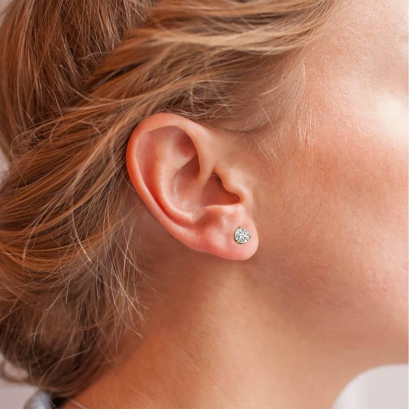 Boucle d'oreille par 3