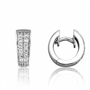 Boucles d'oreilles créoles, pavage diamants & or blanc 18 carats