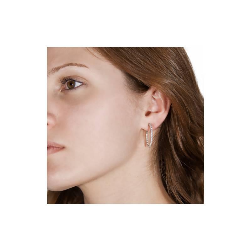 creoles ovales diamant es boucles d 39 oreilles en or blanc. Black Bedroom Furniture Sets. Home Design Ideas