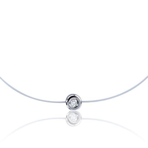 bague solitaire diamant sur fil nylon
