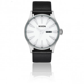 The Sentry Leather White/Silver/ Black A105-2855