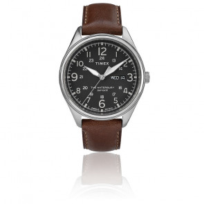 Montre Waterbury Day Black Dial Brown Strap TW2R89000