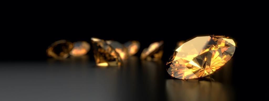 plusieurs pierres précieuses taillées